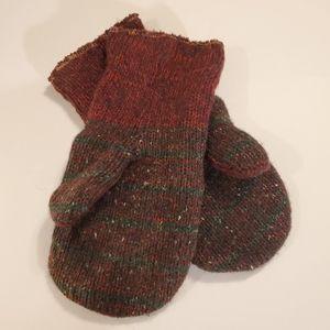 Cute warm, wool mittens